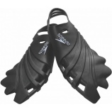Develop your skills with the Speedo Nemesis fins.