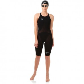 Enjoy comfort with the Speedo LZR Elite 2.